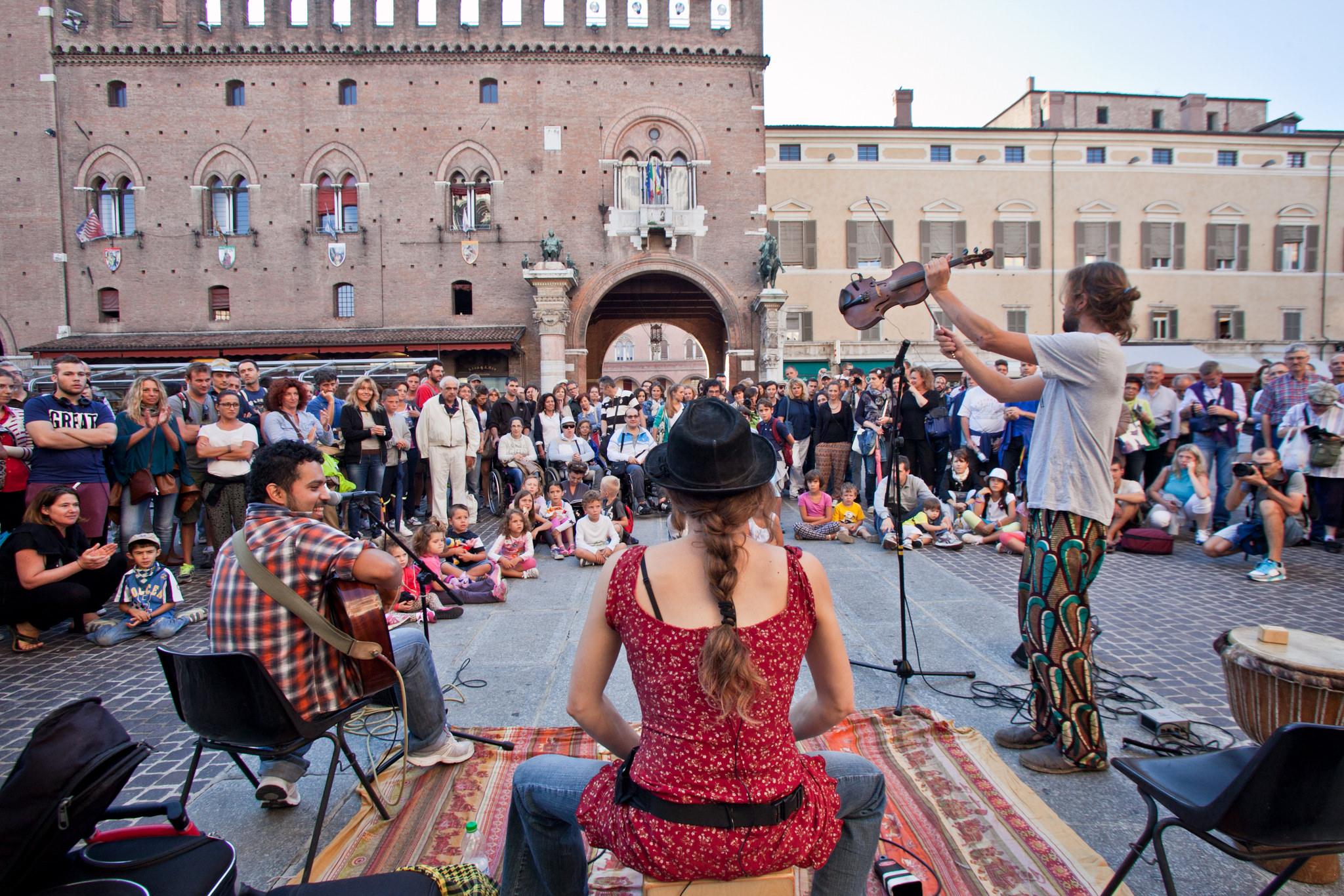 ferrara buskers festival - toasteria italiana