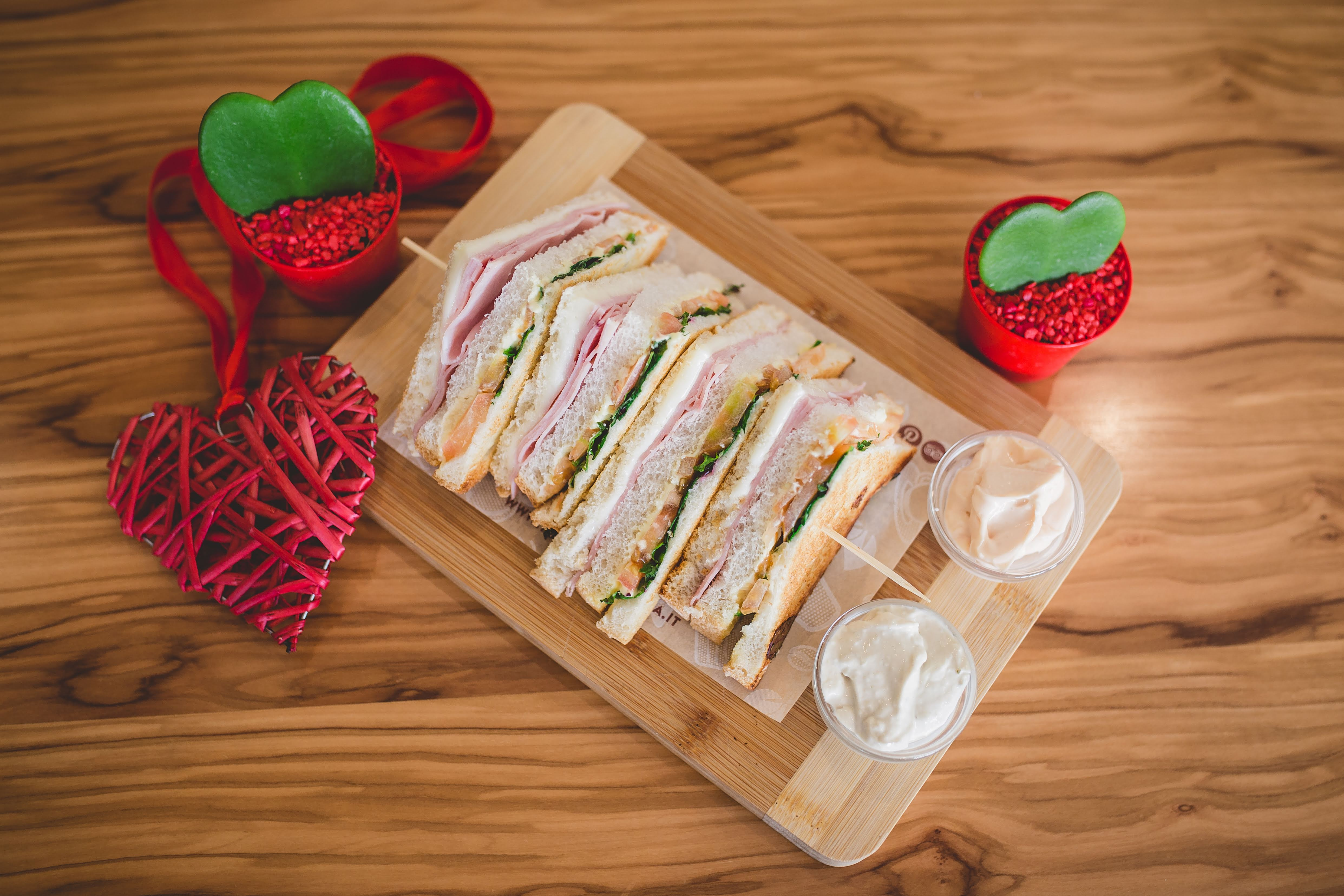 toasteria italiana club sandwich san valentino 1